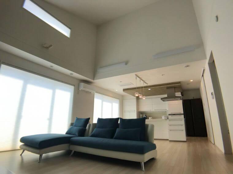 一条工務店の勾配天井の画像